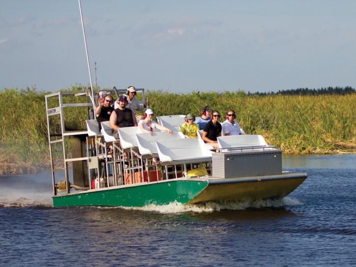 Loxahatchee Everglades Airboat Tours offre une opportunité de voir les Everglades de Floride de près. AVEC L'AUTORISATION DE DISCOVER THE PALM BEACHES